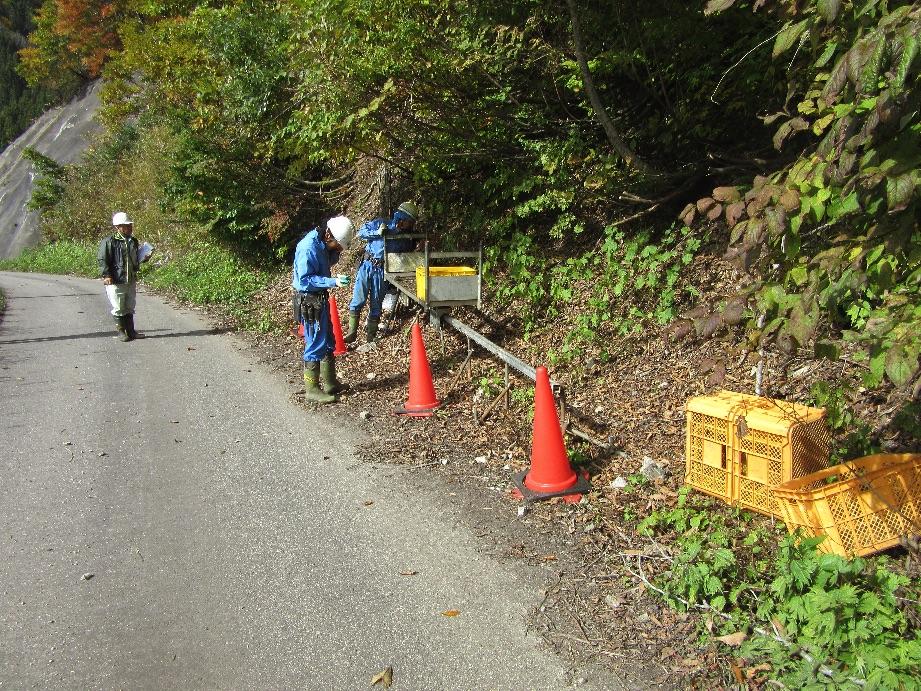富山県南砺市利賀地内でU社様現場モノレール架設完了しました。2