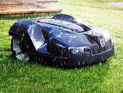 ロボット芝刈機Automower™(オートモア)