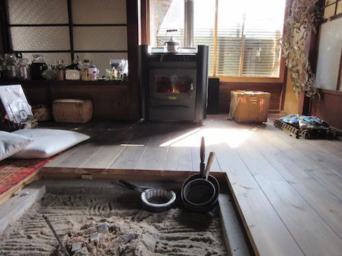 [レンタル]H様邸にペレットストーブをレンタル設置